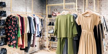 MELTON CLOTHING